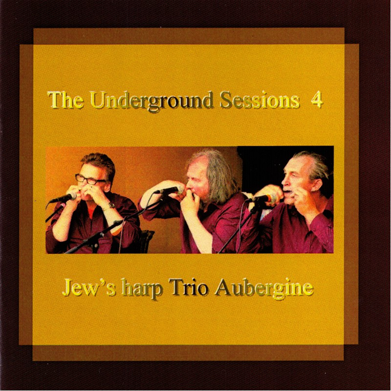 "Recorded in 2009, 4 vol. of the ""Jew's Harp Trio Aubergine"" comes from the region Zeeland in the Netherlands."